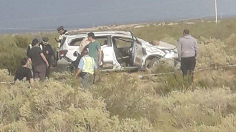 Una mujer cipoleña murió en un vuelco cerca de El Chocón