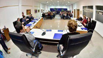 En Roca pedirán a Provincia que pague el subsidio al colectivo