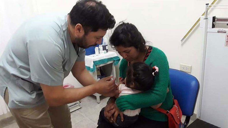 Las vacunas se aplican gratis en todos los hospitales y centros de salud.