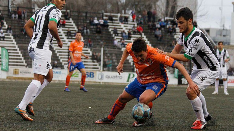 Morales vuelve a la defensa del Albinegro
