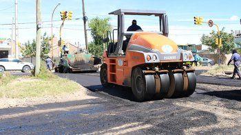 La Muni apura obras de pavimento en Manzana del Sol