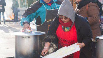 El Frente Santillán no da abasto con la ayuda alimentaria