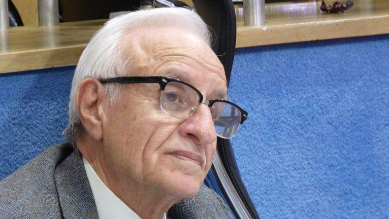 Ocampos pide que el Estado regule el precio de los combustibles