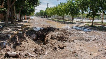 un cano roto dejo sin agua a la ciudad por varias horas