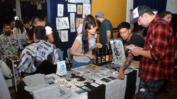 los tatuadores copan la ciudad con sus disenos