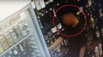 robaron bebidas alcoholicas y todo quedo grabado
