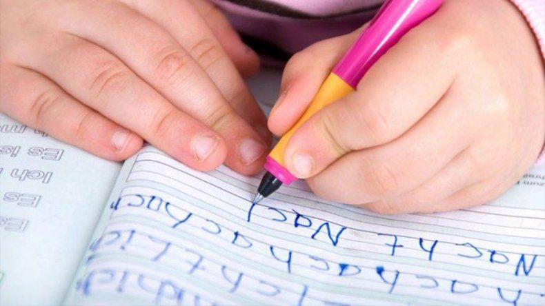 Aprobaron la ley que brinda atención integral a personas con dislexia