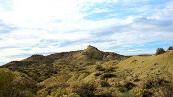 oro se quiere quedar con el cerro azul para crear un geoparque