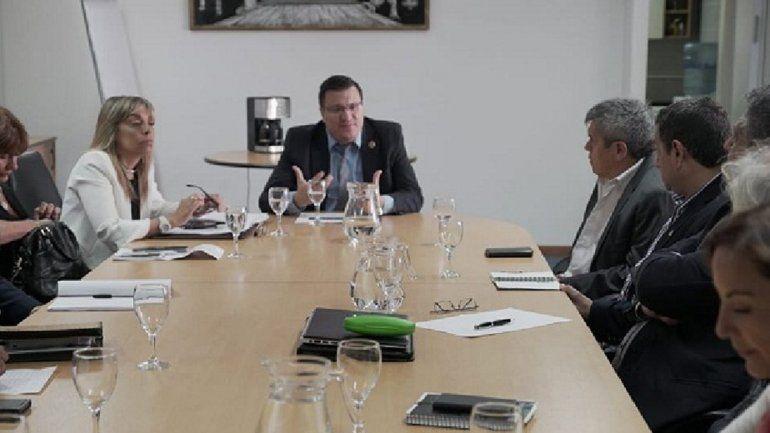 El Gobierno conformó una mesa de diálogo para el trabajo rural migrante