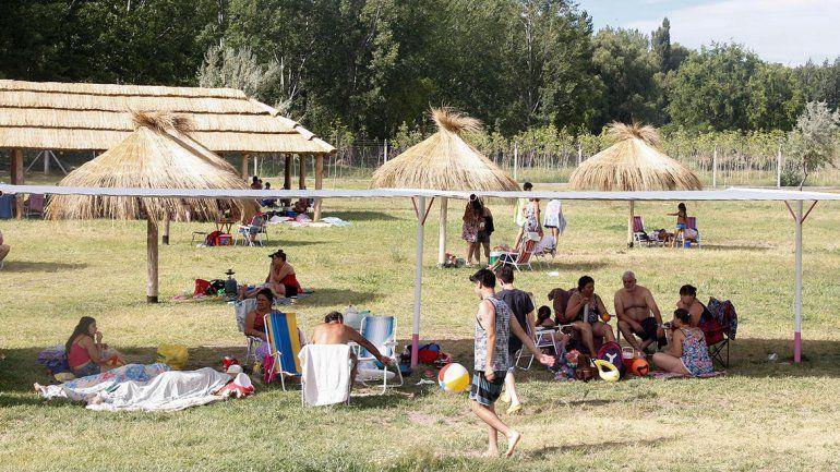 La pileta municipal de  la Isla abre hoy con la temporada