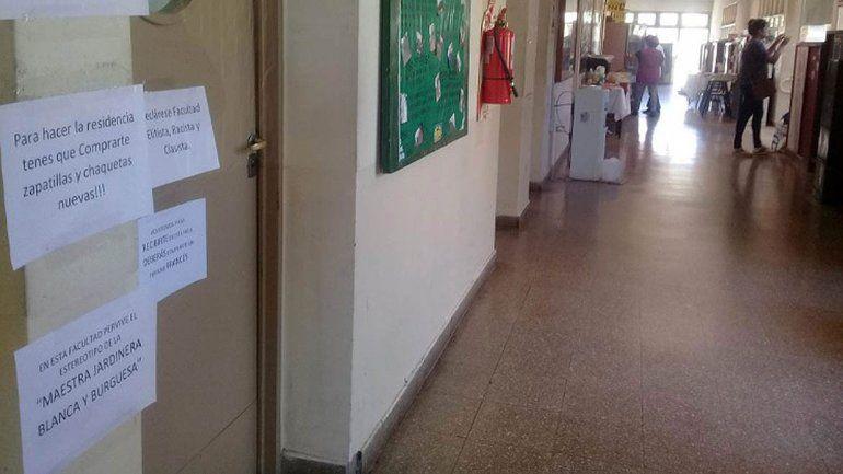 Denuncian a docente de la UNCo por discriminar a estudiante