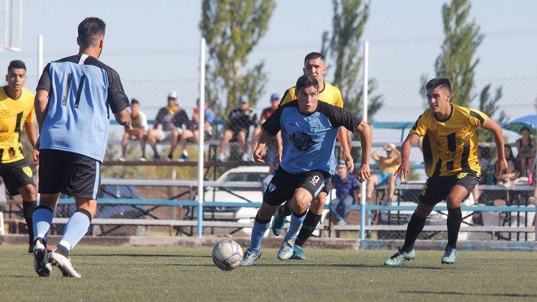 Gran de debut de La Amistad en el Regional Amateur