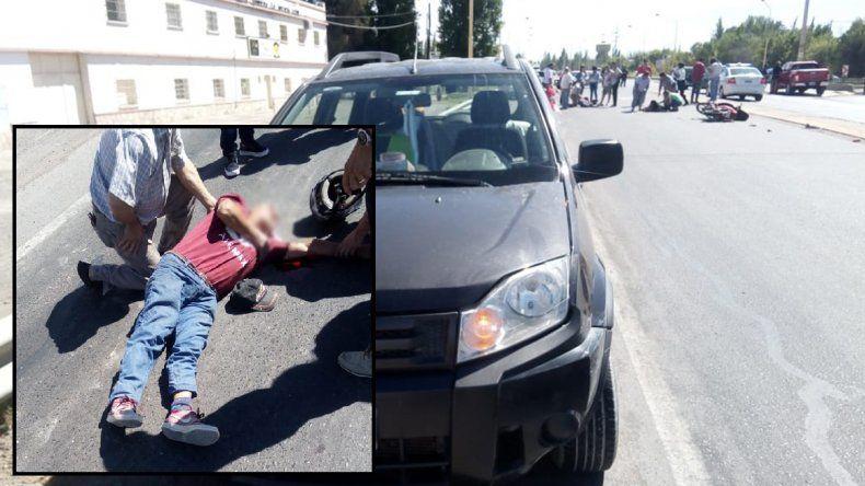 Motociclista intentó ingresar a la ruta y chocó contra una camioneta: hay dos heridos