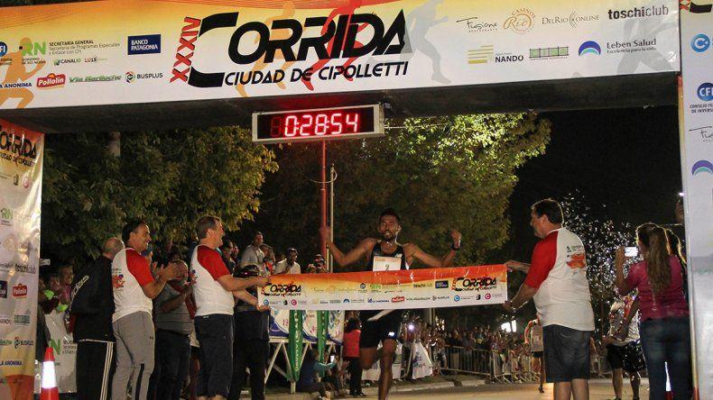 Ayala fue el mejor y ahora La Corrida habla guaraní