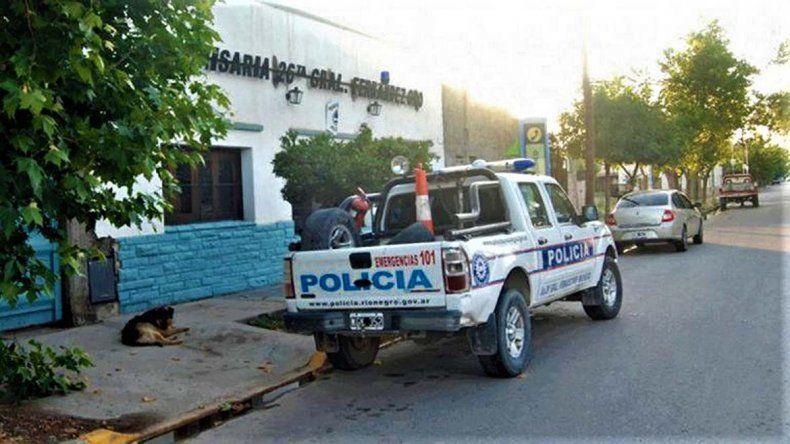 Detuvieron en Fernández Oro a dos hombres con un arma de fuego y marihuana