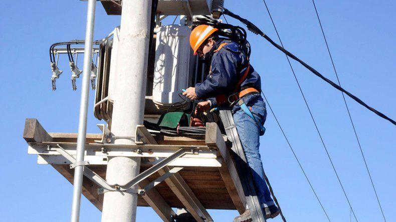 Sin luz ni agua en la ciudad por trabajos en la nueva estación transformadora