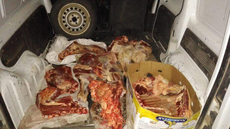 Decomisaron 250 kilos de carne vacuna que intentaba ser contrabandeada