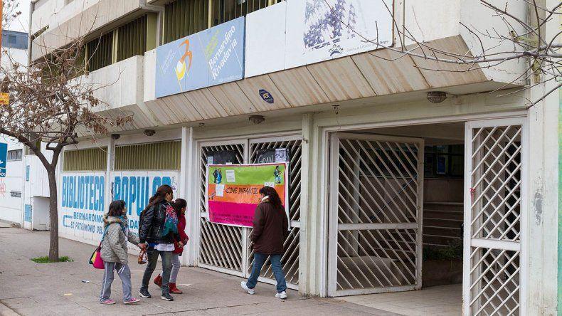 Las bibliotecas, ahogadas por la falta de aportes solidarios