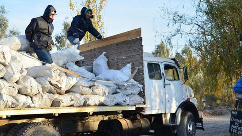 Plan Calor 2020: el Municipio cipoleño retoma la entrega de leña