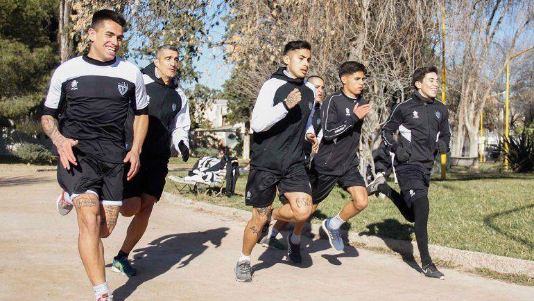 Hay fútbol en La Visera