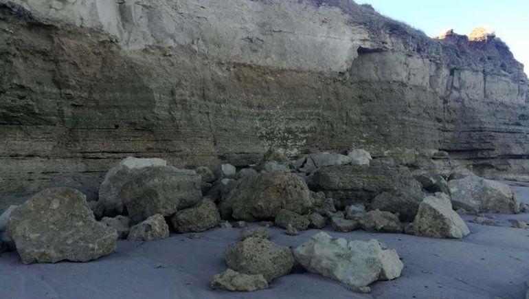 La marejada en Las Grutas provocó graves derrumbes