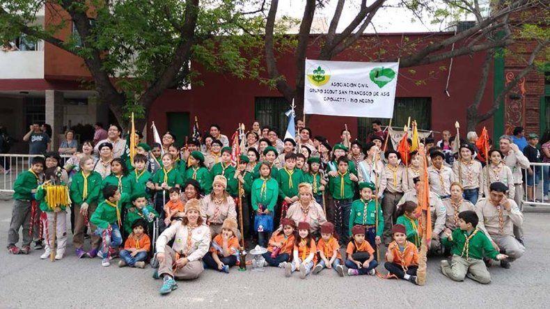 Los Scout cipoleños se pusieron la camiseta solidaria