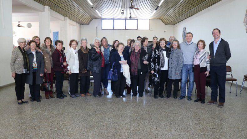 En el Día del Maestro, Tortoriello entregó un terreno para el Centro de Docentes Jubiladas