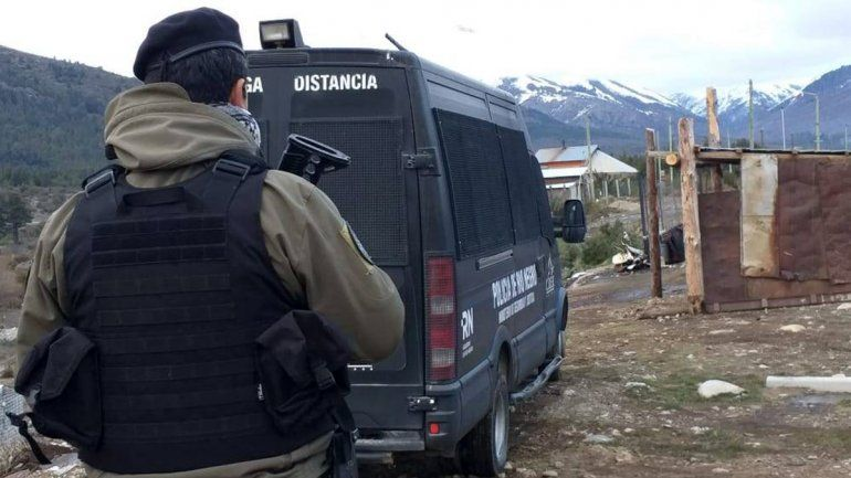 Asesinaron a cuchilladas a un joven en Bariloche: hay tres detenidos