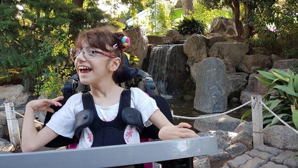 La familia de María Paz necesita juntar 25 mil dólares para el tratamiento de la pequeña