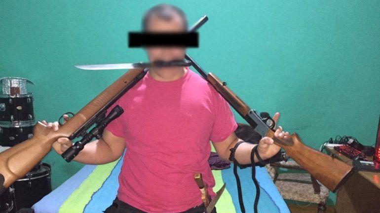 Amenazó a sus compañeros y le secuestraron un arsenal de armas: Los voy a matar a todos