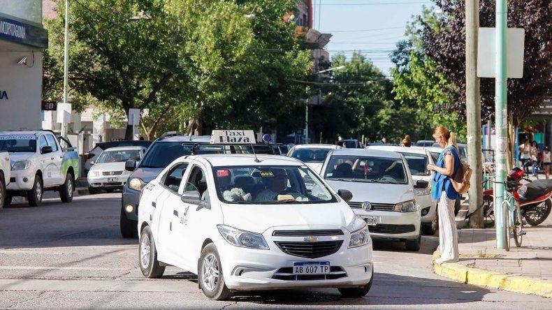 Discusión interna de los taxistas por la futura tarifa