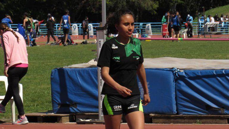 Julia Mon ganó la medalla de plata en los Juegos Evita