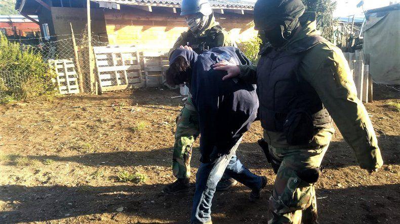 Lo atacaron a hachazos en Bariloche y quedó al borde de la muerte: hay un detenido