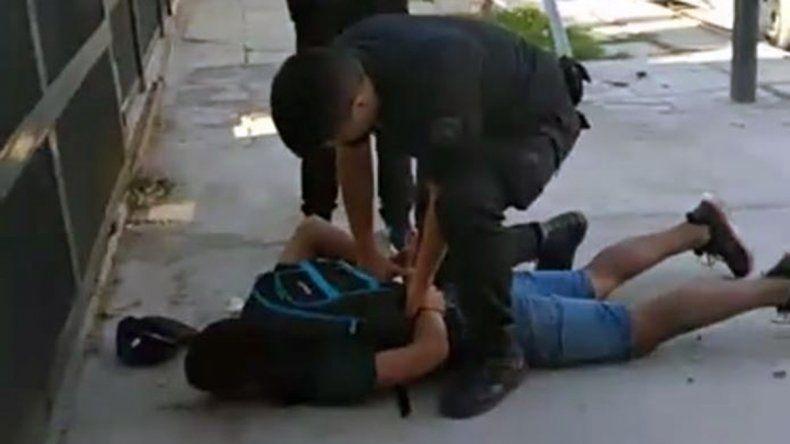 Entró a robar a una peluquería armado con un cuchillo y terminó preso