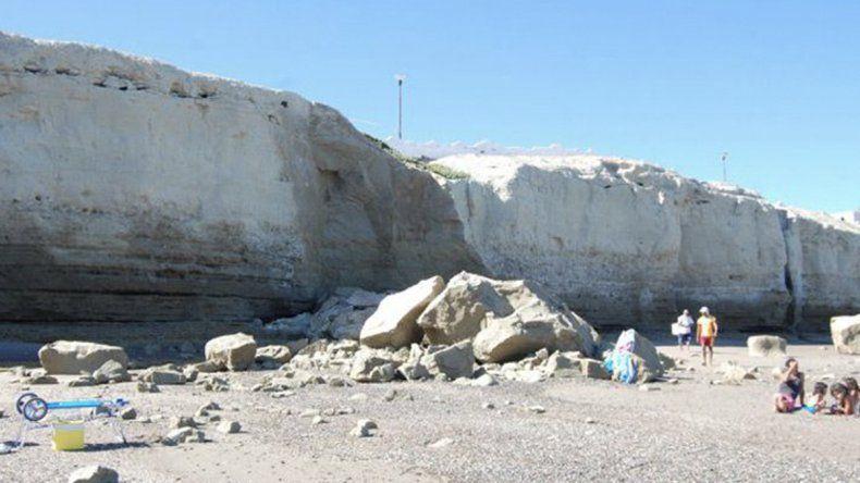 Un derrumbe de acantilado en El Espigón terminó con un herido