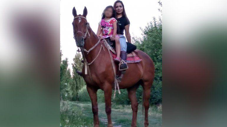 Ofrece $25 mil a quien le devuelva a su yegua Shekina