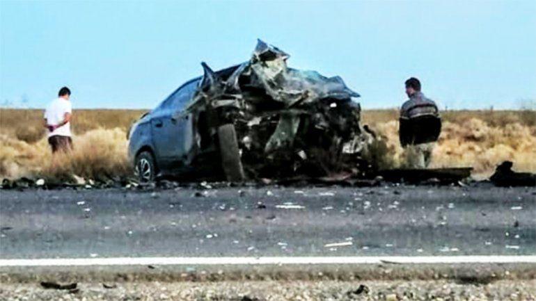 Cuatro muertos en un tremendo accidente sobre la Ruta 151
