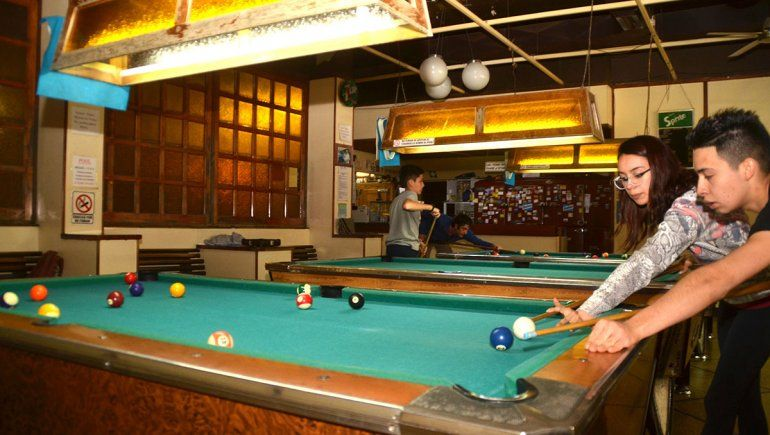 Se vendieron seis mesas de pool del ex Bar Cipolletti