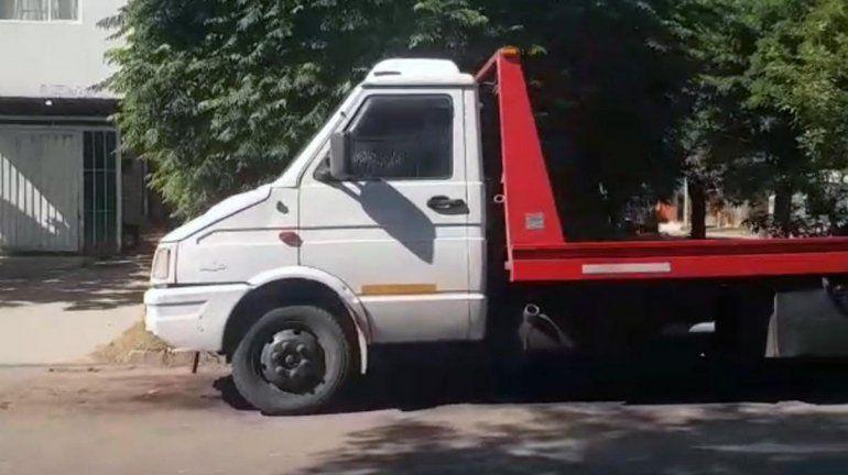 Secuestraron una grúa con la que robaban vehículos en Cipolletti