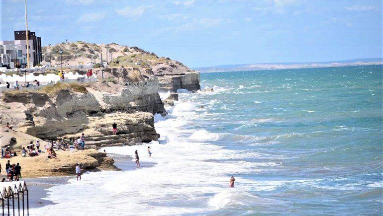 Río Negro trabaja con San Antonio Oeste las pautas de apertura del turismo