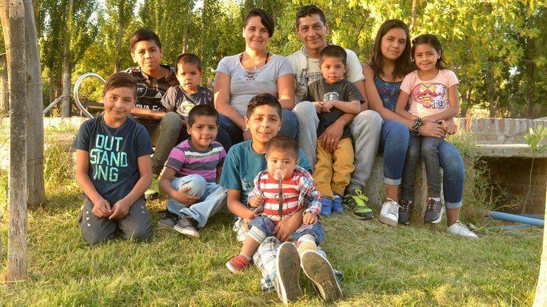 Familia cipoleña quiere que su séptimo hijo sea ahijado de Alberto Fernández