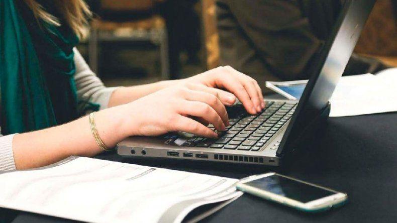 Cursos virtuales para docentes de la provincia