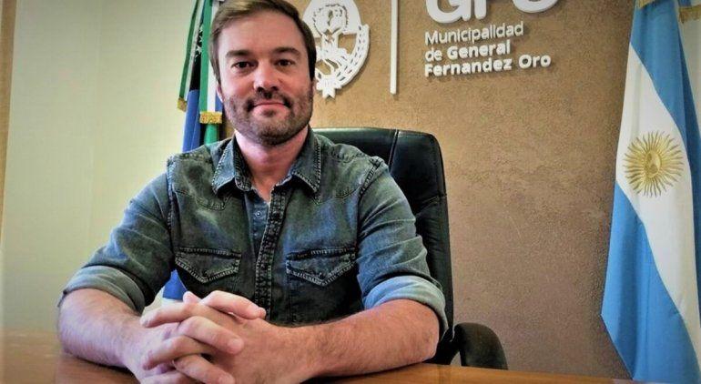 El intendente y seis funcionarios de Fernández Oro donaron sus sueldos