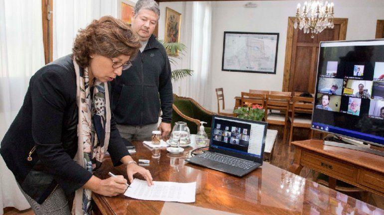 Río Negro lanzó paquete de medidas para aliviar a la producción y el comercio