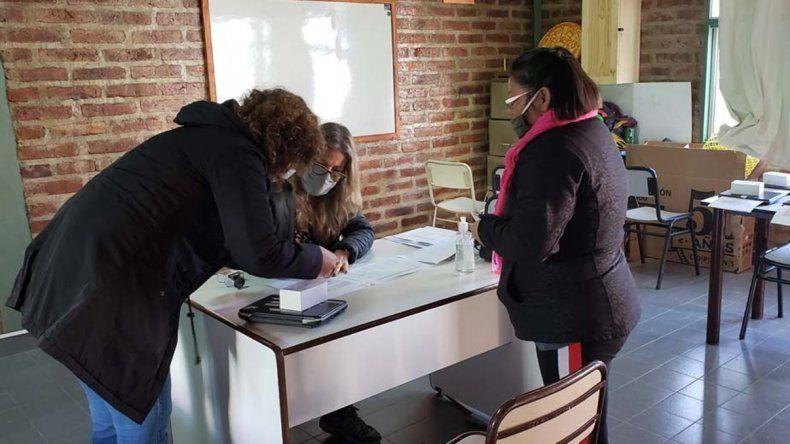 Más estudiantes rionegrinos recibieron notebooks