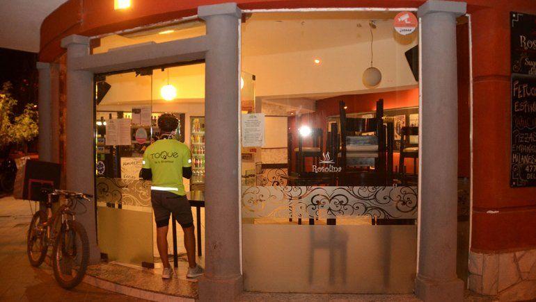 El retiro de comida en los locales alivia a los gastronómicos