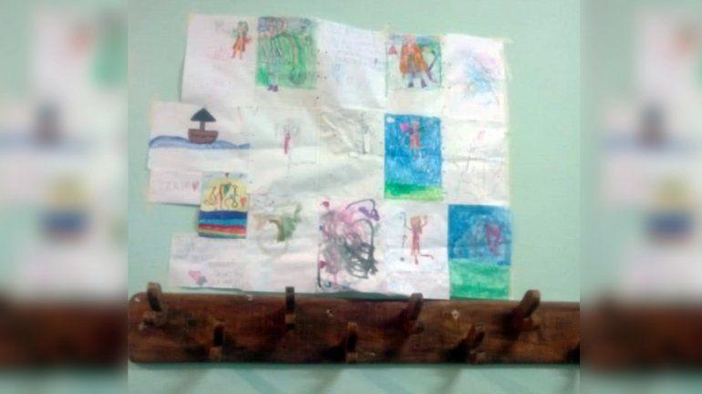 En la Cuarta tienen todos los dibujos de Ángeles en una pared.
