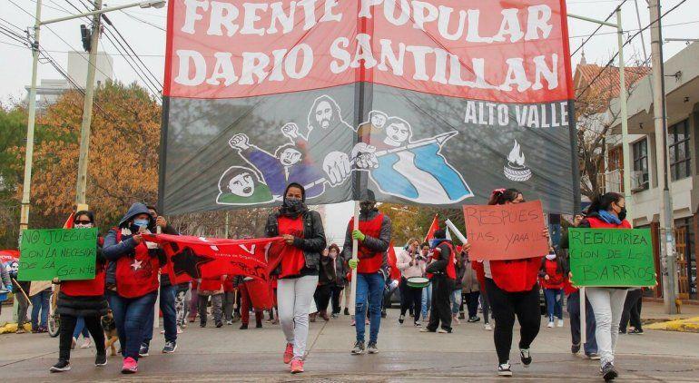 Organizaciones sociales movilizan en Cipolletti por el hambre