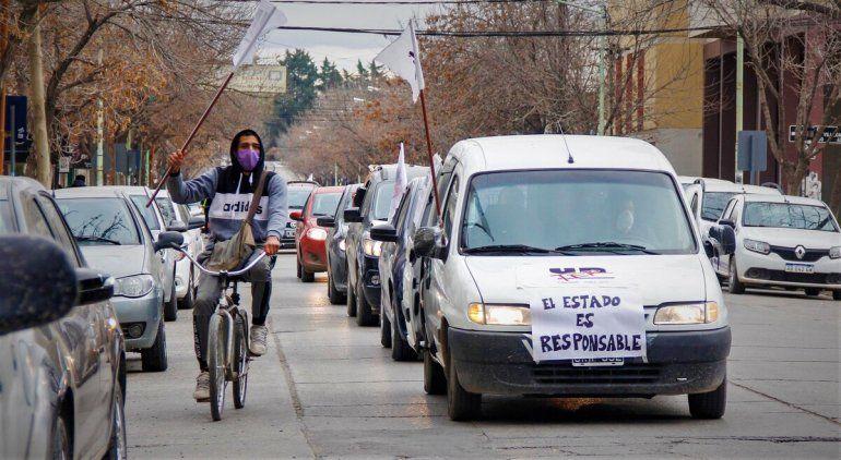 Unter convoca a una segunda caravana docente en Cipolletti
