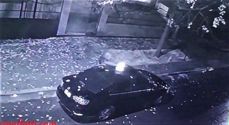 Su ex marido le quiso prender fuego el auto en El Manzanar